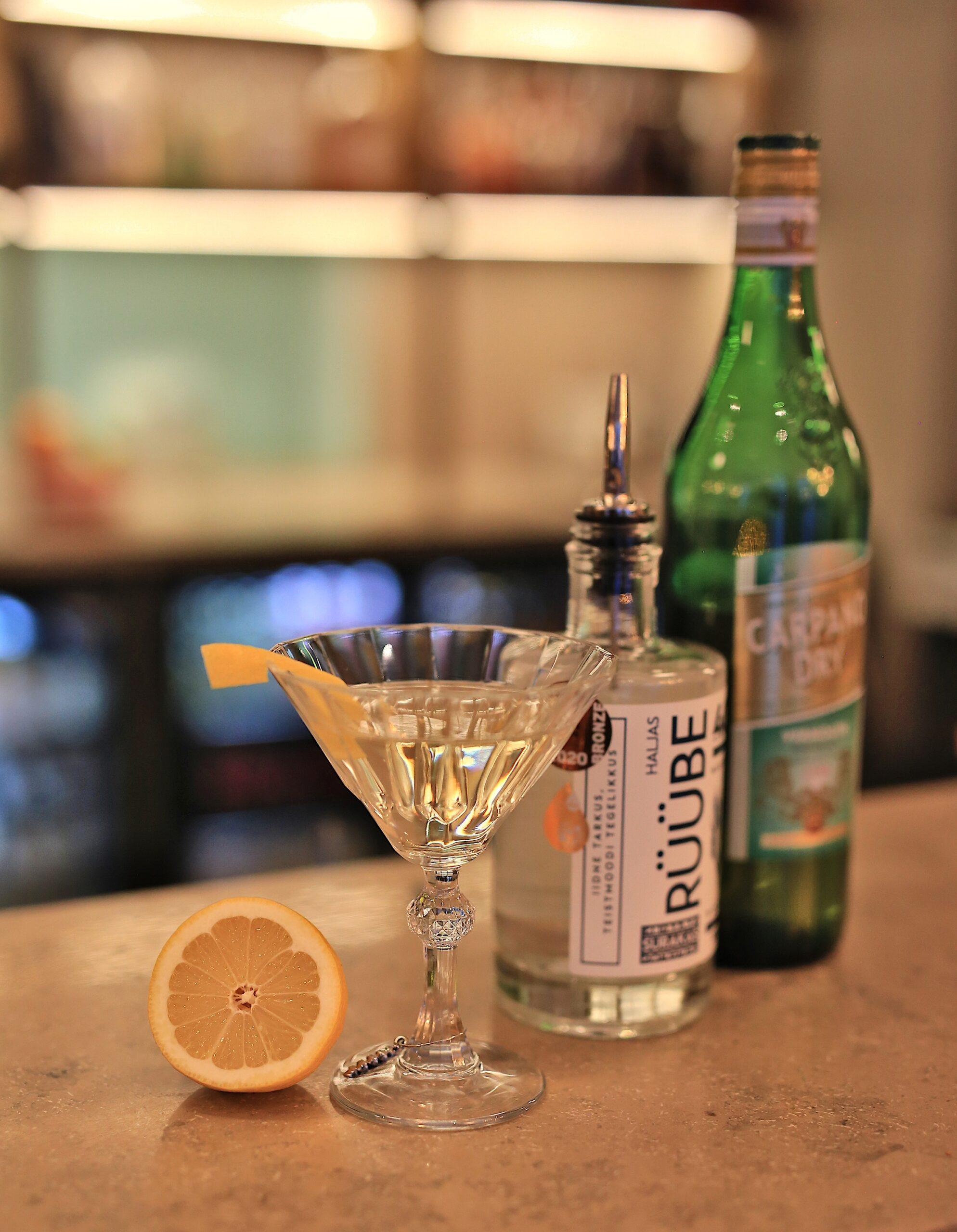 VODKA Martini & surf forever